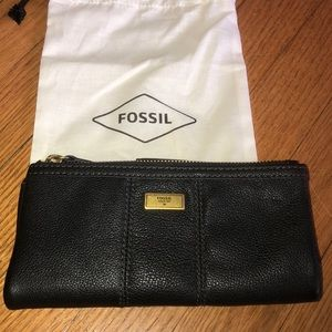 New Fossil wallet. 🍃